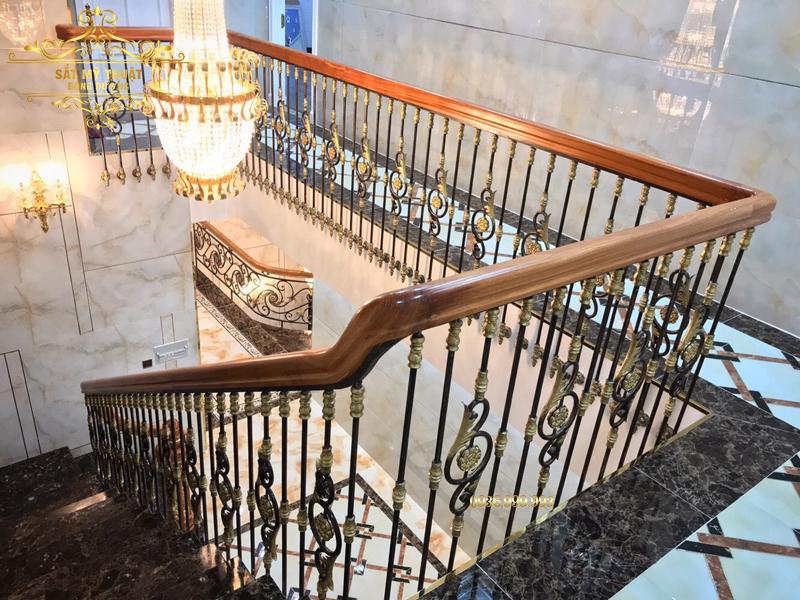 Cầu thang sắt nghệ thuật – CT19001