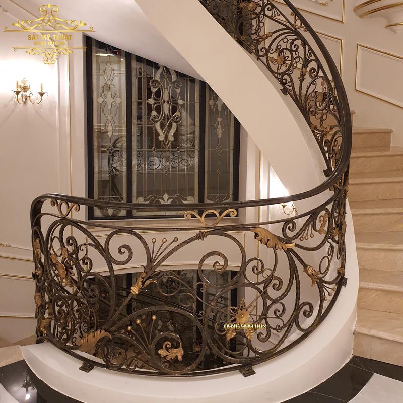 Cầu thang sắt nghệ thuật – CT19009