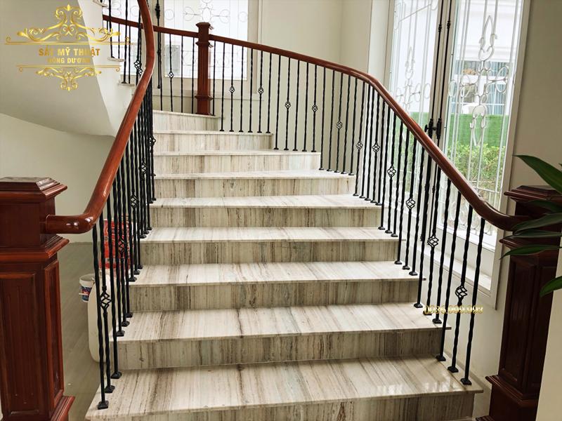 Cầu thang sắt nghệ thuật – CT19013