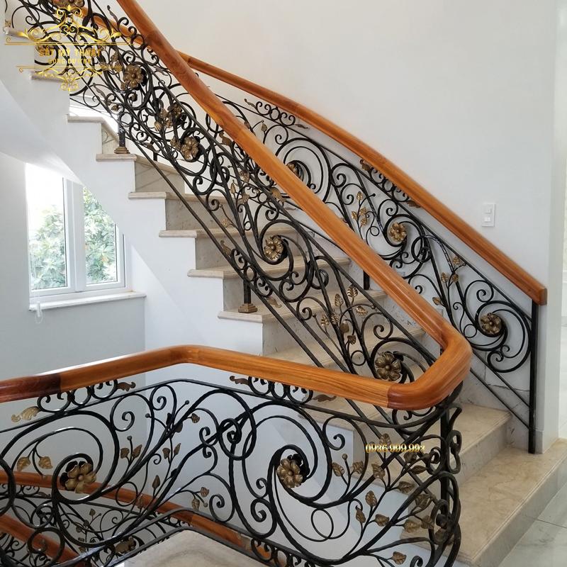 Cầu thang sắt nghệ thuật – CT19019