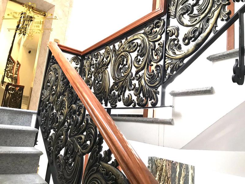 Cầu thang sắt nghệ thuật – CT19023