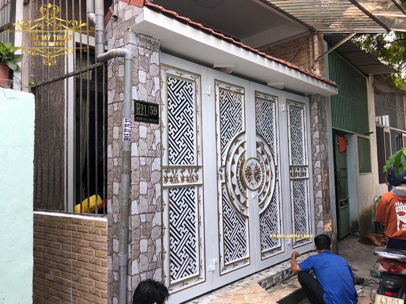 Cửa cổng sắt mỹ thuật – CS19015