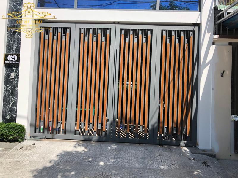 Cửa gỗ nhựa Biowood – CGN19002